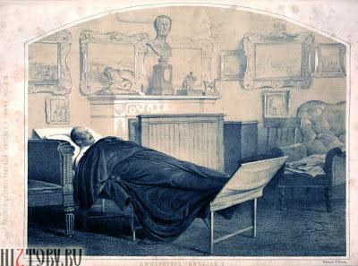 Император Николай I  в своем кабинете в Зимнем Дворце
