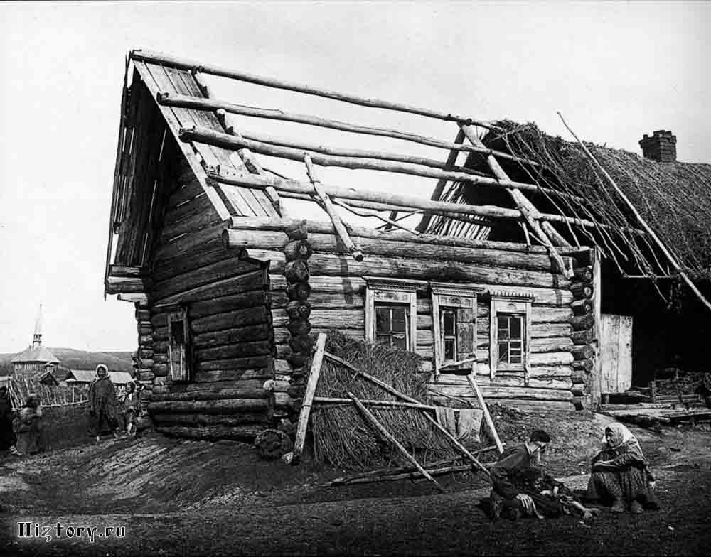 Изба татарина Саловатова в деревне Кадомке Сергачского уезда. 1891-1892 гг. Негатив